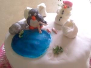 One good Pingu cake!
